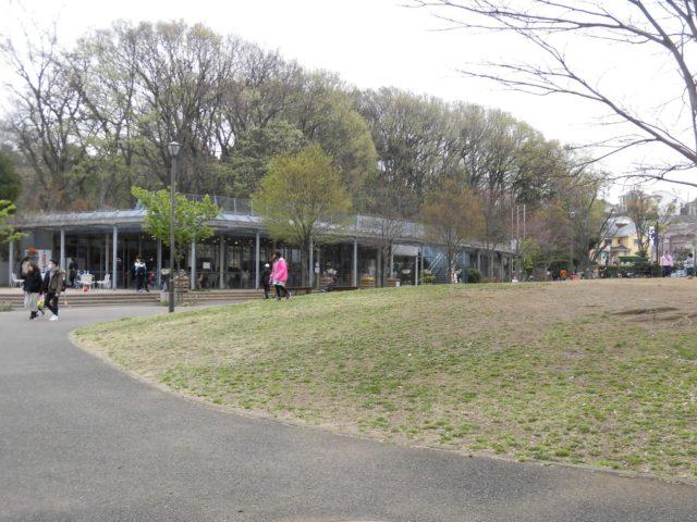 県立三ツ池公園 管理事務所